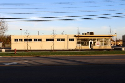 13,740 SF Commercial/Automotive Bldg. TRADEMARK 989-792-6400